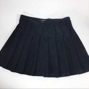Torrid Black Pleated Mini Skirt Size 1